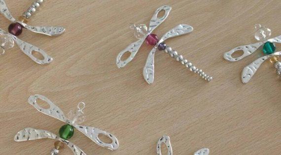 Nueva serie de collares y llaveros
