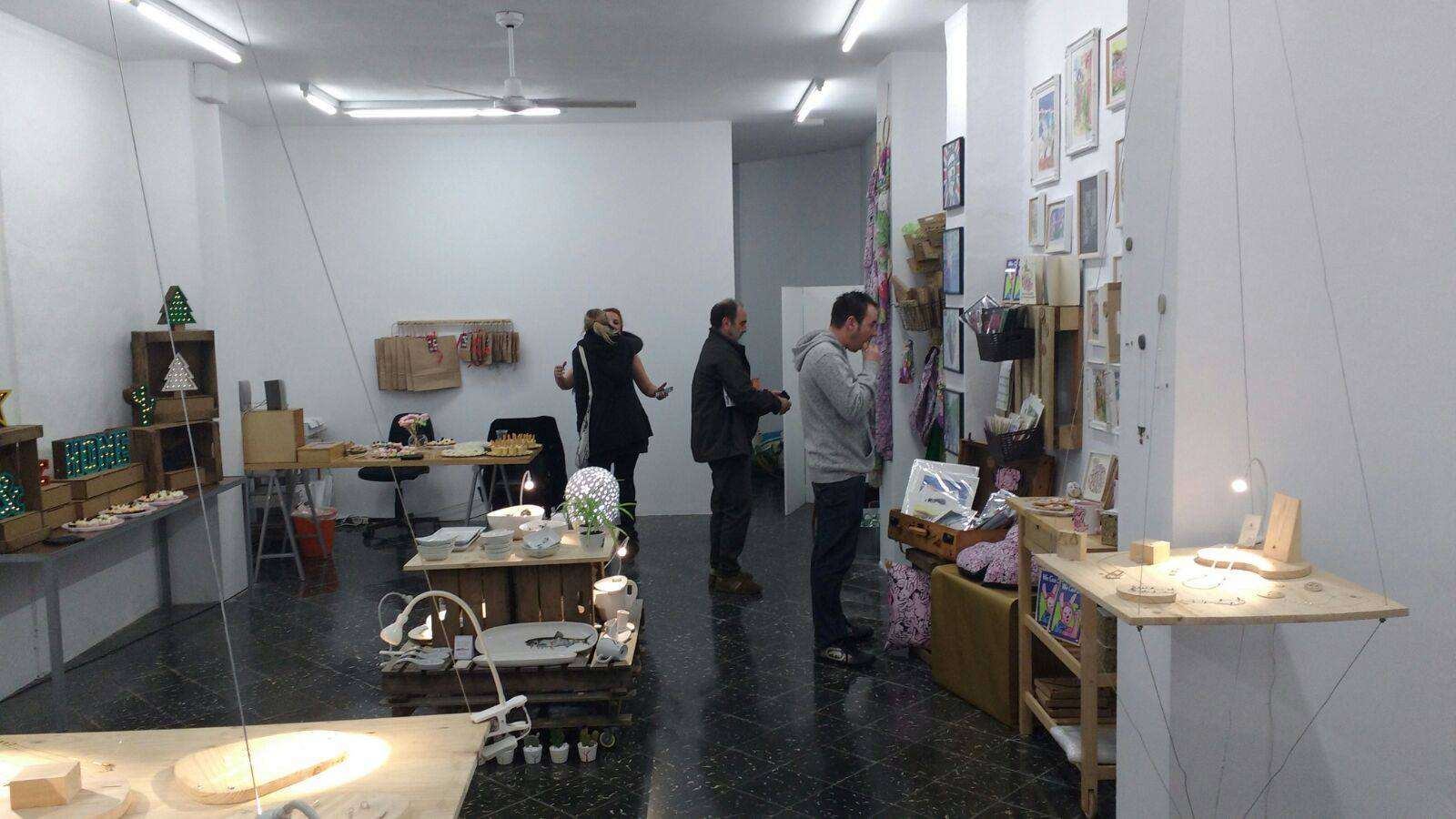 Albero Artesanos expone en «Arte y Diseño en Suspensión», Ruzafa