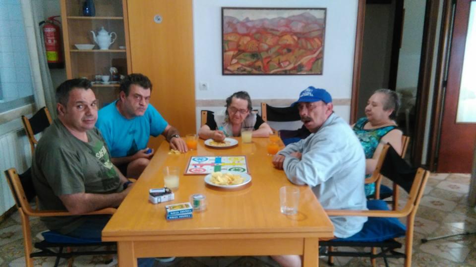 Taller de juegos de mesa en la vivienda de Albero Artesanos